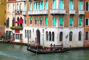 12 Grand Canal