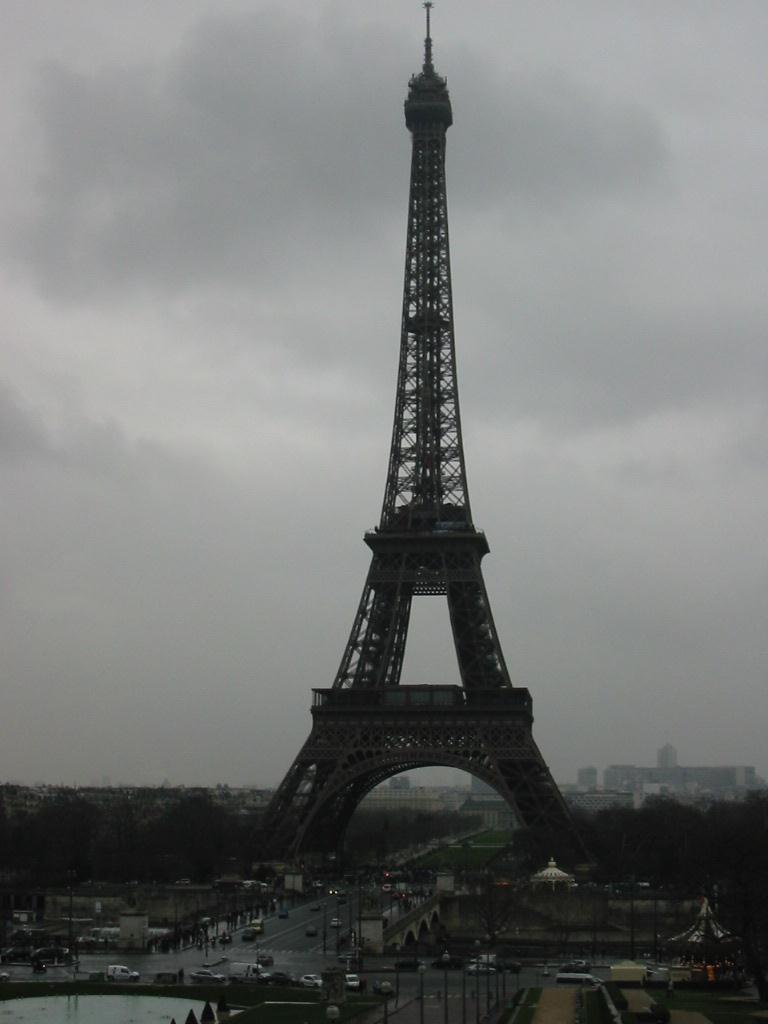 PARIS Devinez
