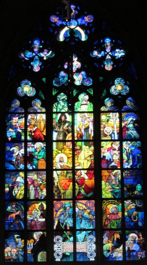 Prague vitrail  de Mucha cathédrale St Guy