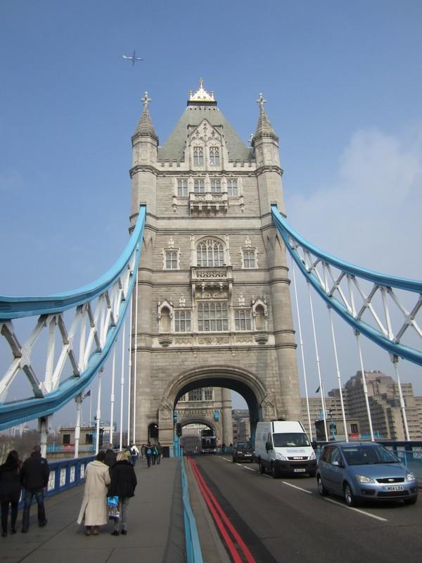 London Tower Bridge  vers le nord