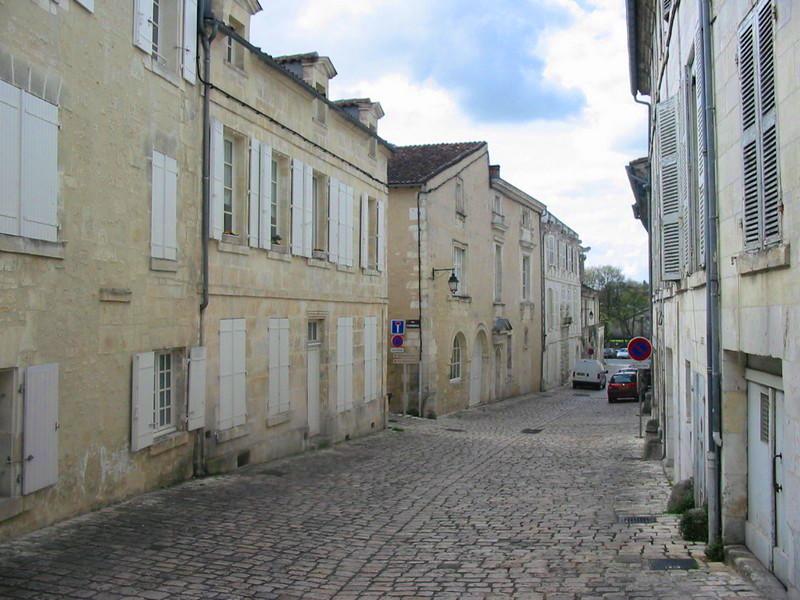 015 Cognac rue Saulnier