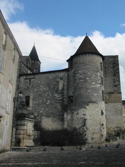 016 Cognac chateau