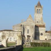 03 abbaye entrée