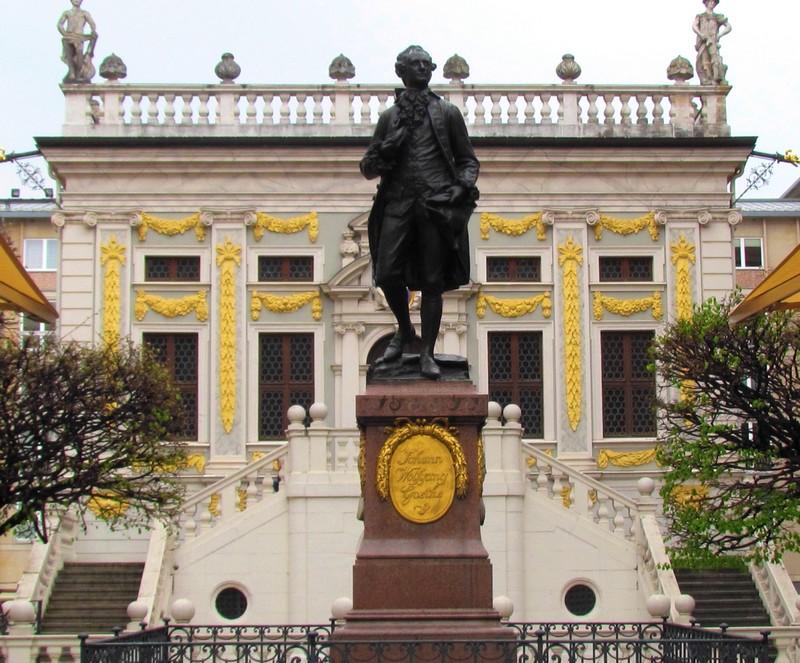 Leipzig Goethe devant la vieille bourse