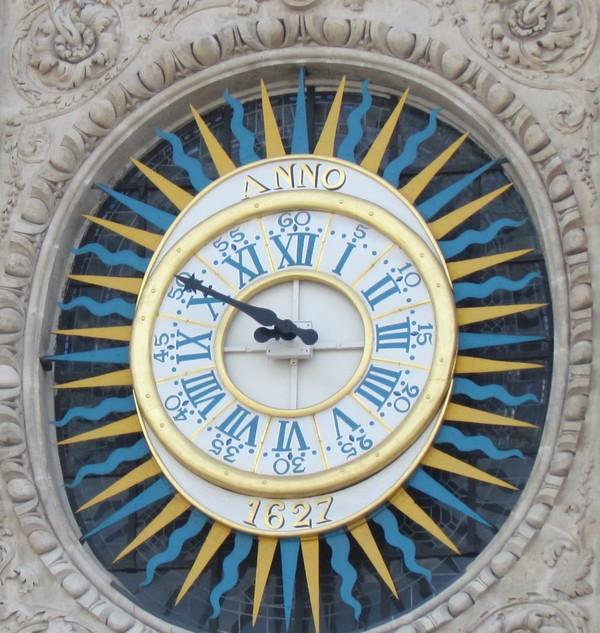 1 St Louis des jésuites horloge